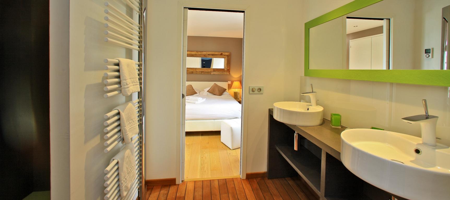 salle de bain douche italienne maison à louer en vendée