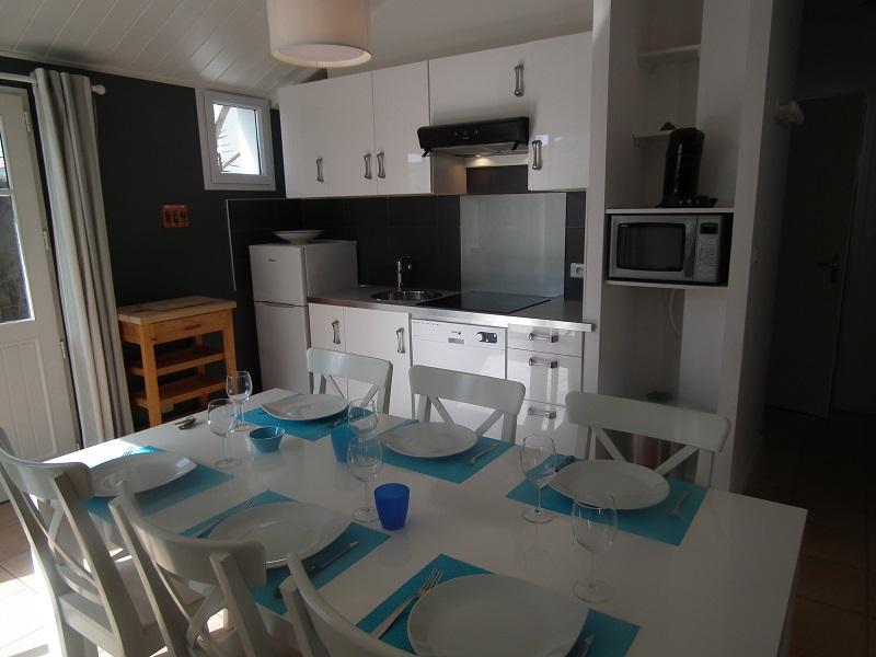 cuisine location petite maison piscine noirmoutier piscine spa